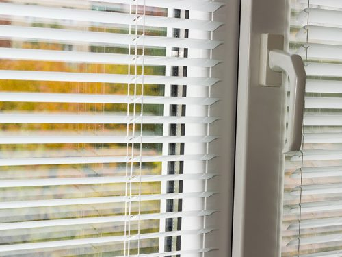 Doplnky k oknám a dverám